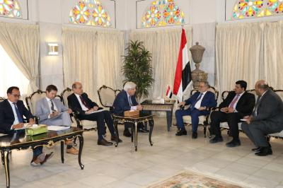 المخلافي يستقبل المبعوث الأممي إلى اليمن