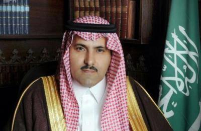 """السفير السعودي لدى اليمن """" آل جابر """" يكشف عدد السفن النفطية التي يحتجزها الحوثيون في البحر"""