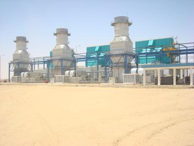 محطة مأرب الغازية تتعرض لحصار من قبل عدد كبير من السيارات والمسلحين من آل شبوان