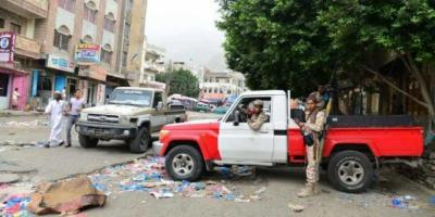 مواجهات مسلحة بين مسلحين وقوات الجيش في تعز عقب توجيهات أصدرها المحافظ