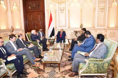 الرئيس هادي يستقبل المبعوث الأممي إلى اليمن مارتن غريفيث
