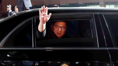 """زعيم كوريا الشمالية كيم يونغ أون يتعهد بإغلاق """"النووي"""".. ويرحب بالأميركيين"""