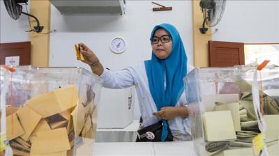ماليزيا.. تحالف مهاتير محمد يعلن فوزه بأغلبية مقاعد البرلمان