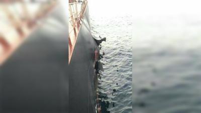 """""""التحالف"""" يفتش سفينة تركية تعرضت لانفجار في طريقها للحديدة"""