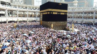 4 آلاف معتمر يمني يدخلون السعودية في أسبوع