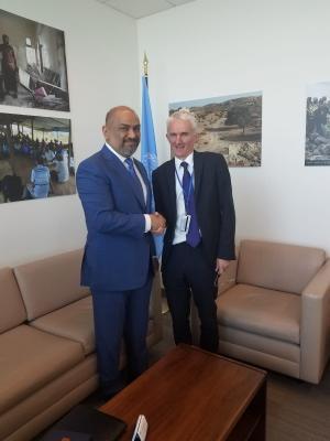 """وزير الخارجية """" اليماني """" يدعو المجتمع الدولي للضغط على الميليشيا للخروج من الحديدة وتجنيبها الدمار"""