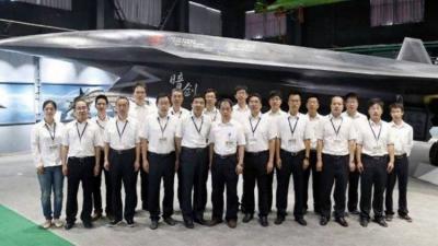 الصين تنشر أول صورة لطائرة درون قتالية فوق صوتية