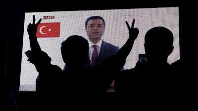 لأول مرة.. دعاية انتخابية من داخل السجن لمرشح رئاسي تركي تبث عبر التلفزيون .. فيديو
