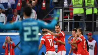 روسيا تهزم مصر بثلاثة أهداف