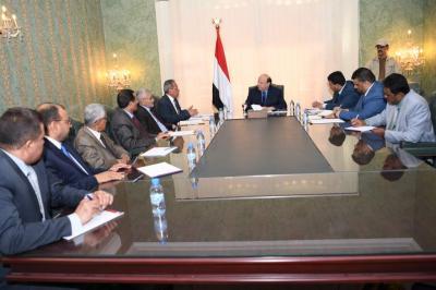 الرئيس هادي يلتقي قيادات السلطة القضائية