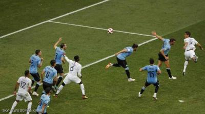 فرنسا أول المتأهلين لنصف نهائي المونديال بعد فوزها على الأوروجواي