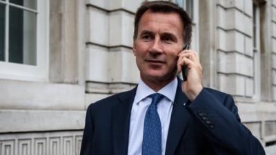 رئيس الوزراء البريطانية تعين جيرمي هانت وزيرا للخارجية خلفا لبوريس جونسون