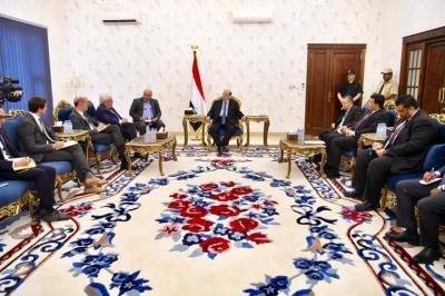 الرئيس هادي يستقبل المبعوث الاممي الى اليمن مارتن غريفث