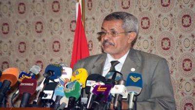 """القيادي المؤتمري والوزير في حكومة الحوثيين """" حازب """" يهدد بترك الحوثيين !"""