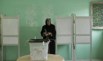 تواصل الاقتراع الرئاسي بمصر وقلق من ضعف الإقبال