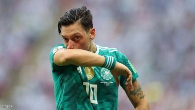 أوزيل : لن ألعب لألمانيا مجددا