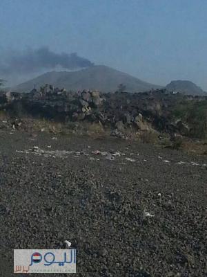 الطيران الحربي يُحلق فوق مدينة عمران في ظل إشتباكات هي الأعنف بين الجيش ومسلحي الحوثي - والحوثيون يقطعون طريق عمران - صنعاء
