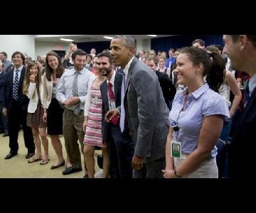 اوباما تابع مباراة امريكا من البيت الأبيض( صور)