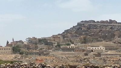 سكان بني ميمون بمحافظة عمران يطالبون الدولة إخراج الحوثيون من منطقتهم ونزع الالغام منها