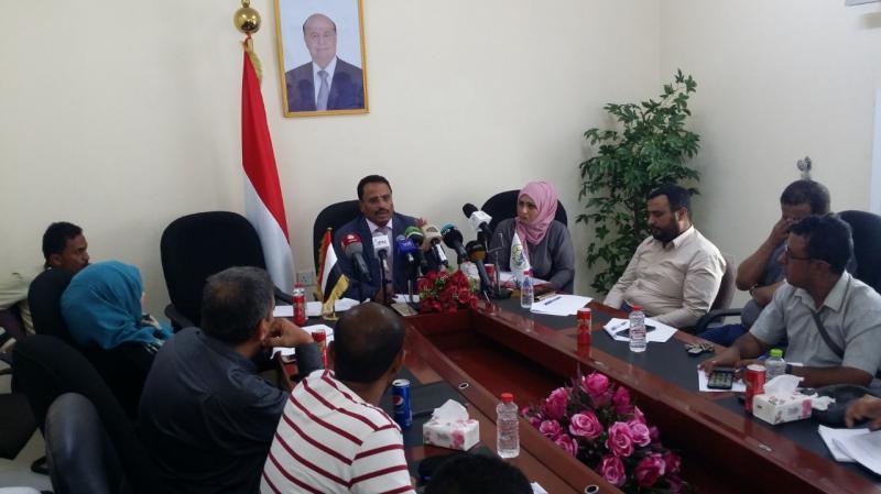 وزير النقل يكشف موعد افتتاح مطار الريان بالمكلا