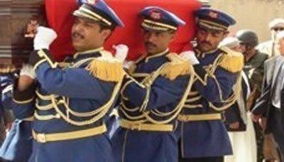 ( بالأسماء) تشييع 16 شهيداً من منتسبي القوات المسلحة الذين لقوا مصرعهم على أيدي جماعة الحوثي المسلحة بعمران