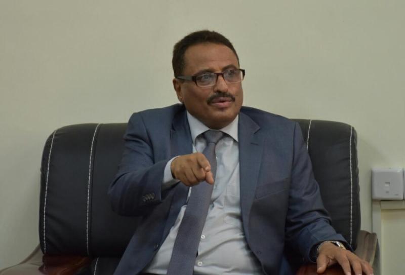 وزير يمني يفاجئ الجميع ويكشف عن إمتلاك أدله تثبت تورط الإمارات في دعم داعش والقاعده !
