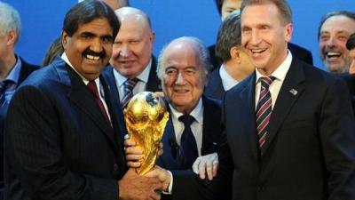 """الفيفا يحدد موعد نتائج  التحقيقات في منح قطر حق إستضافة كأس العالم """" 2022"""""""