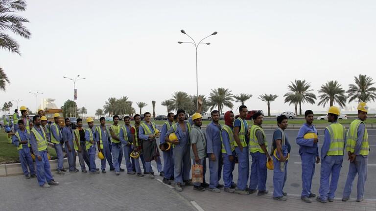 قطر تعد قانوناً جديدا للعمالة الأجنبية