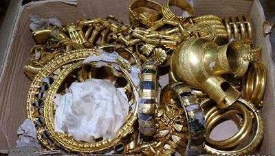 """السلطات الأمنية السعودية تكشف حقيقة ما تم تداوله من عثور أحد العمال اليمنيين على موقع مليئ بالذهب """"مُلك قارون"""""""