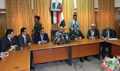 خلال زيارته اليوم لعمران .. الرئيس هادي يعلن عن أربع ثوابت لا رجعة عنها