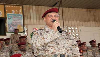 وصف العميد القشيبي بالشجاع .. وزير الدفاع يكشف عن لجنة تحقيق لمعرفة أسباب سقوط عمران
