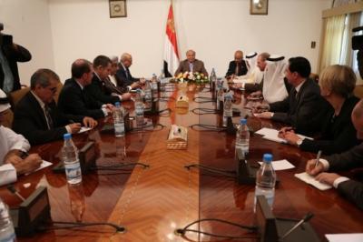سفراء الدول الراعية للمبادرة الخليجية يلتقون لجنة العقوبات الأممية بصنعاء ويقرون مجموعة من المهام
