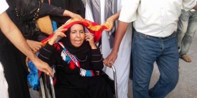 """بعد أن بُترت إحدى قدميها وعادت من الهند قبل أن تستكمل علاجها .. توجيهات رئاسية بعلاج الناشطة في الحراك الجنوبي""""زهرة صالح"""" بالاردن"""