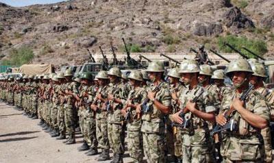 وزارة الدفاع تكشف حقيقة الأنباء التي تناولت حدوث إشتباكات داخل اللواء الثالث حماية رئاسية ومنع قائده من دخول المعسكر