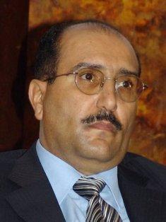 وزير الثقافة الأسبق خالدالرويشان يوجه رسائل هامة إلى الرئيس هادي ويدعوه إلى إستفاقة الضمير
