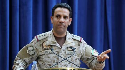 التحالف يعلن رسمياً إندلاع حريق في خزانات النفط بجدة ويتهم الحوثيين