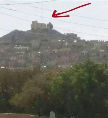 مواجهات عنيفة في منطقة مذبح  وأجزاء من شارع الثلاثين بين الجيش والمسلحين الحوثيين