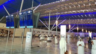 السلطات السعودية تعلن موعد فتح المنافذ البرية والبحرية والجوية والسماح للمواطنين بالسفر من وإلى قطر