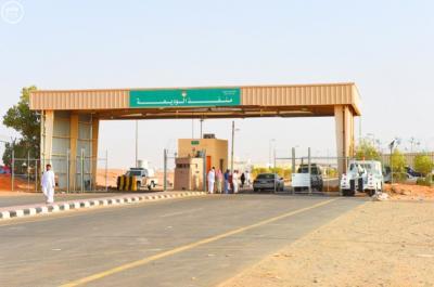 مدير ميناء الوديعة البري يكشف آخر موعد للترسيم الجمركي للسيارات والمعدات للمغتربين اليمنيين