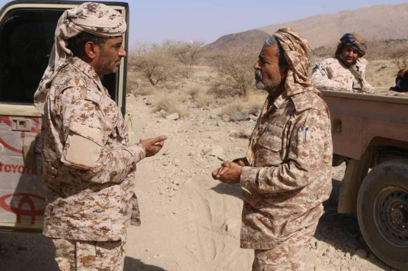 اللواء صغير بن عزيز يتفقد سير العمليات العسكرية في جبهة المشجح