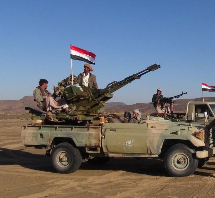 """قوات الجيش تعلن تحرير مواقع عسكرية """"مهمة"""" غربي مأرب"""