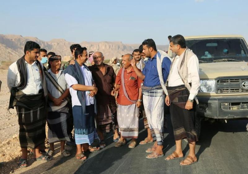 بن عديو يفتتح مشروع طريق جديد بعتق