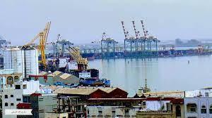 """الأمم المتحدة تدعو إلى سرعة إصلاح مينائي """"المكلا وعدن"""" لخفض تكاليف الغذاء"""