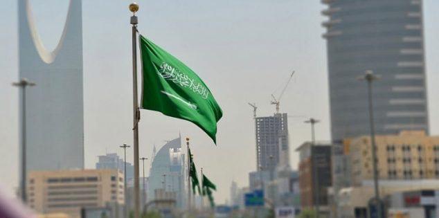 السلطات السعودية تكشف تفاصيل قرار إلزام القادمين للمملكة بالإقرار عن أي مشتريات وهدايا فوق 3000 ريال
