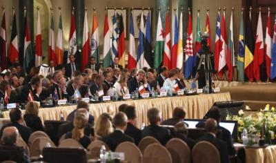 قطر تتعهد بتقديم مليار دولار لإعادة إعمار غزة