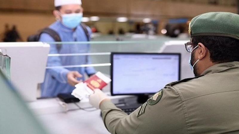 الجوازات السعودية تكشف آليات تمديد إقامة الوافدين بالخارج وصلاحية التأشيرات