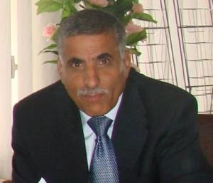 محافظ ذمار يُقدم استقالته بعد سيطرة الحوثيون على المحافظة