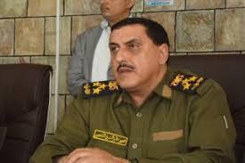 """مدير عام شرطة تعز العميد """" الشعيبي """" يكشف حقيقة الأنباء التي تناولت نهب الحوثيين اسلحة  المعسكرات بتعز"""