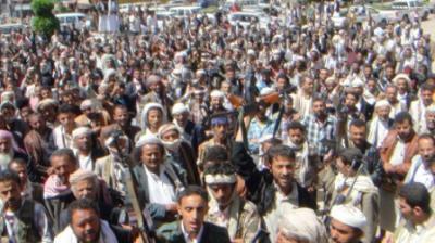 محافظ إب يدعوا الجماعات المسلحة إلى الخروج من المحافظة ويحث القوات المسلحة والأمن القيام بواجبها