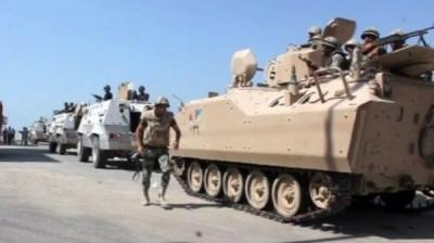 مقتل 7 جنود مصريين في انفجار مدرعة شمال سيناء